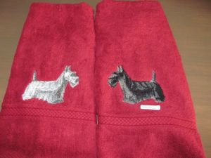 Hand towel with scottie